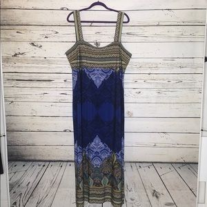 Roz & Ali Woman 18 Blue Paisley Print Maxi Dress